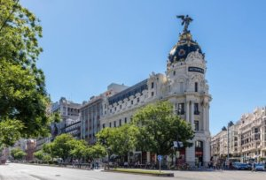 Spain to open for all international tourists including Americans in June 2021