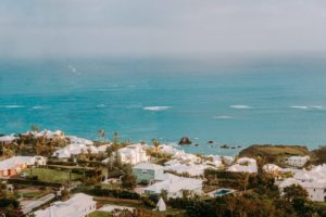 Bermuda extends quarantine to 2-weeks for unvaccinated tourists from June 24