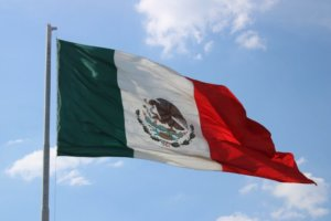 Mexico Tourism Ministers Demand Federal Gov. to Impose Restrictions on International Travelers